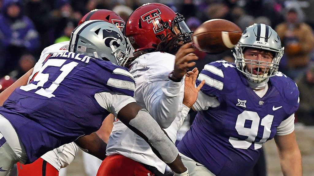 Se K State Defense Dominates Home Finale In 21 6 Win Over Texas Tech Kansas State University Athletics