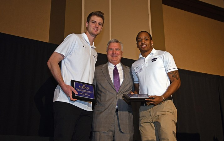 competitive price 47fa6 ae862 Brown, Wade Named Co-MVPs at Year-End Banquet - Kansas State University  Athletics